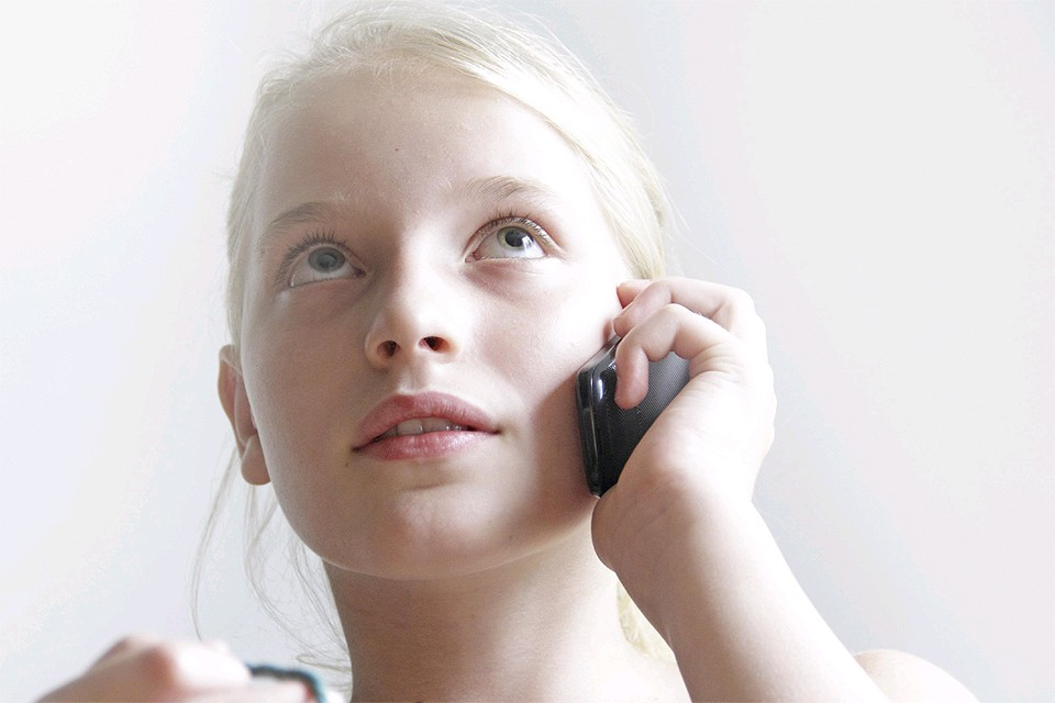 Ученые изучают влияние частого использования смартфона на кору головного мозга, но пока не спешат с выводами.