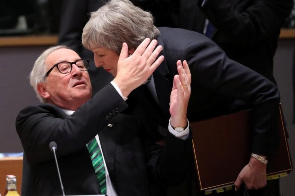 Премьер-министр Великобритании Тереза Мэй и президент Европейской комиссии Жан-Клод Юнкер