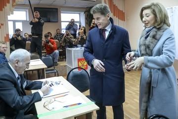 «От лёгкого шторма к стабильности»: Олег Кожемяко победил на выборах в Приморье