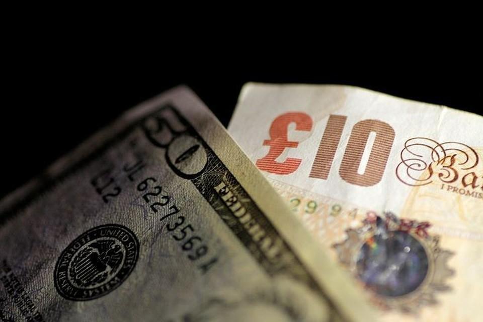 Евро и доллар продолжают увеличиваться в цене