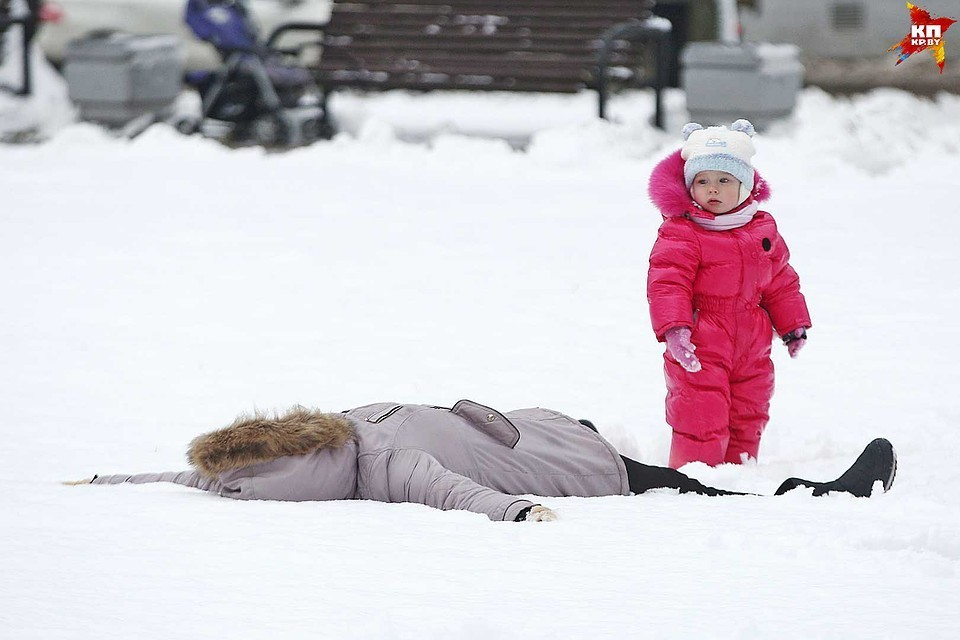 За сутки в стране перемерзли на холоде и получили травмы из-за гололеда больше 260 белорусов, а с начала зимы – уже 11 700 человек!