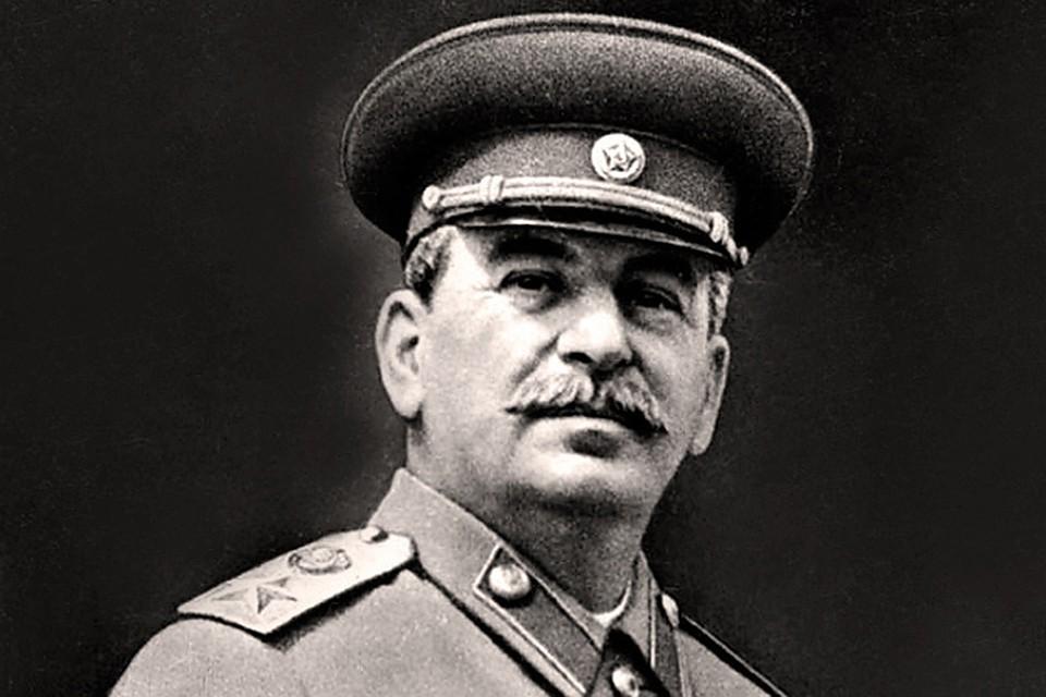 Сталин три раза просил об отставке, но его уговаривали остаться