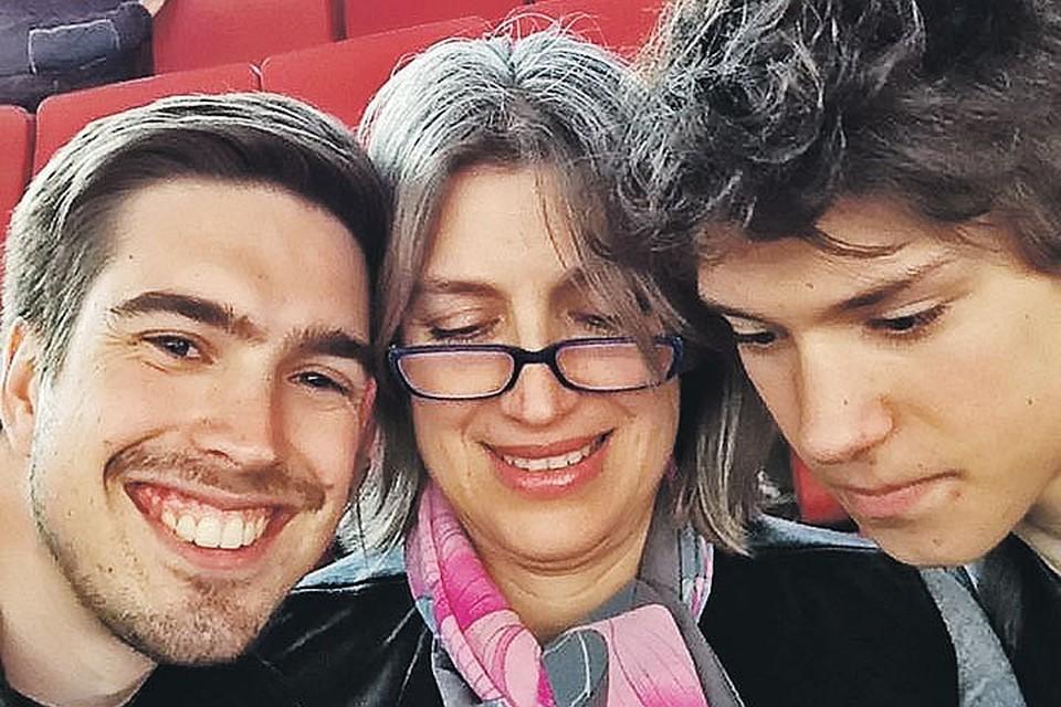 В Лондоне Гасинская снова вышла замуж и родила двоих сыновей. Фото: facebook.com