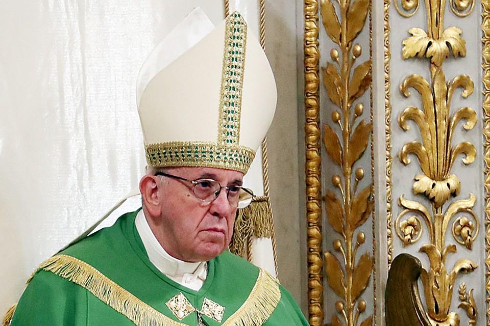 Папа Римский презентовал приложение для молитвы «Click to Pray»