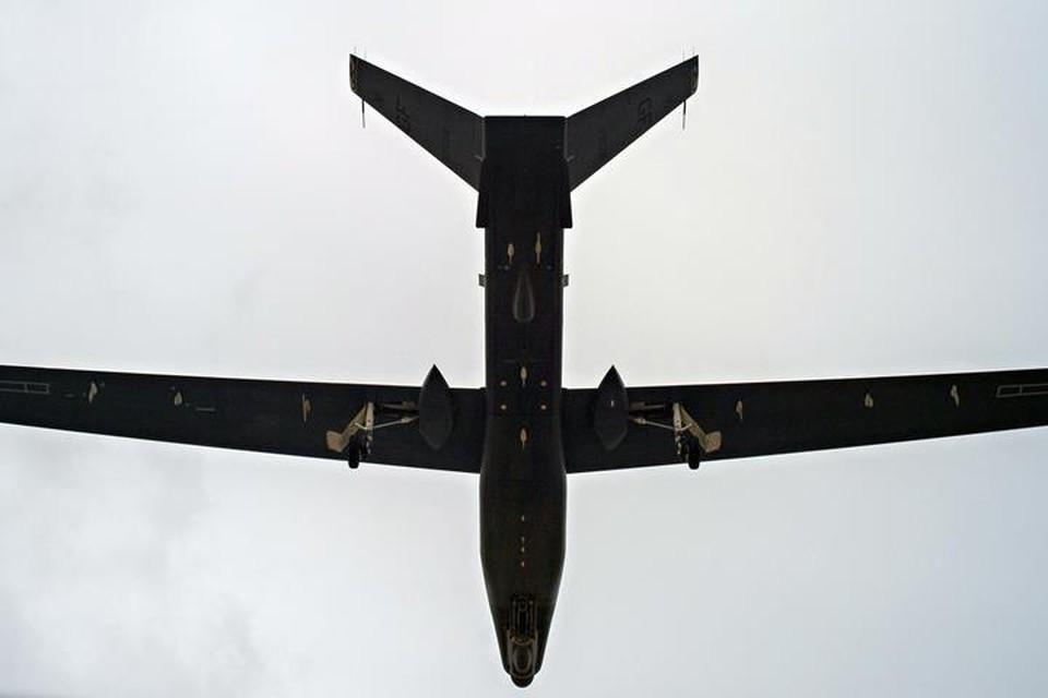 Американский беспилотник RQ-4B Global Hawk вел наблюдение у границ Ленинградской и Псковской областей России