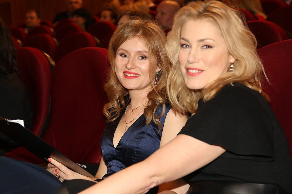 Мария Шукшина с дочерью Анной.