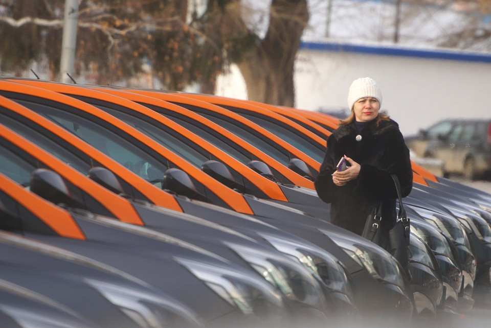 За неделю в Москве появляется 300 новых каршеринговых машин.