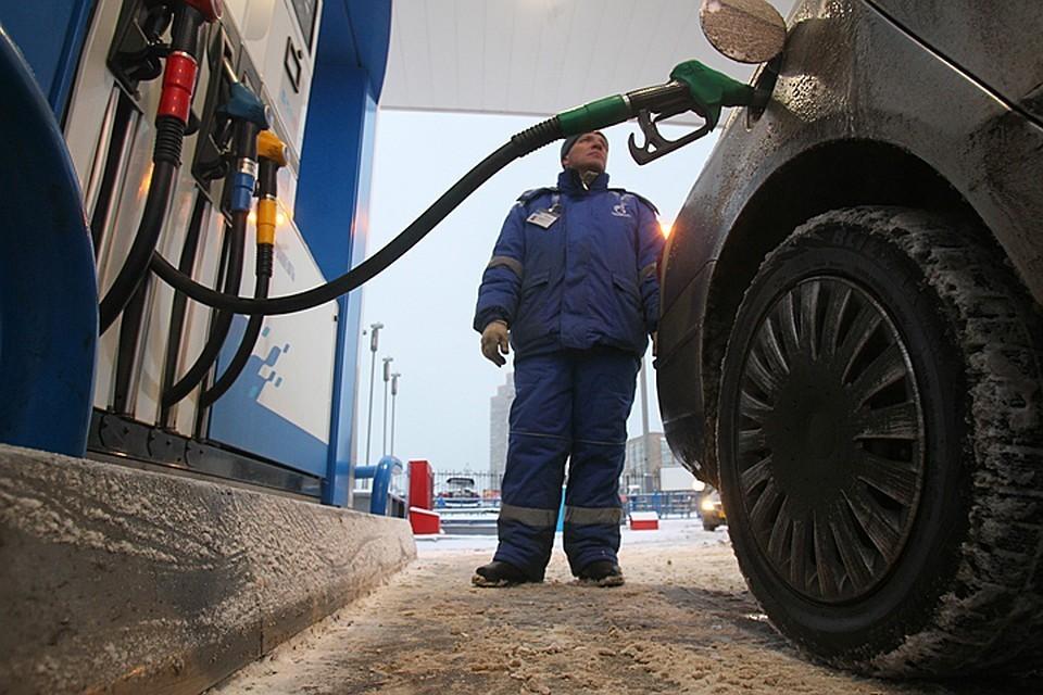 Цены на бензин замерли. Пока... Фото: Владимир ВЕЛЕНГУРИН