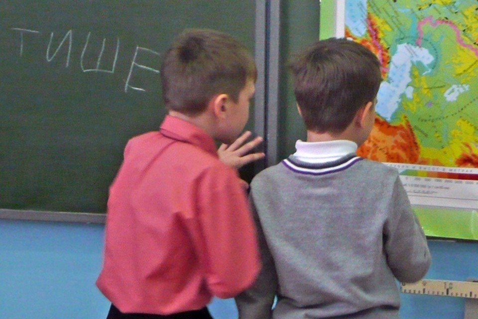 Прокуратура потребовала проверить тазовских учителей на вменяемость