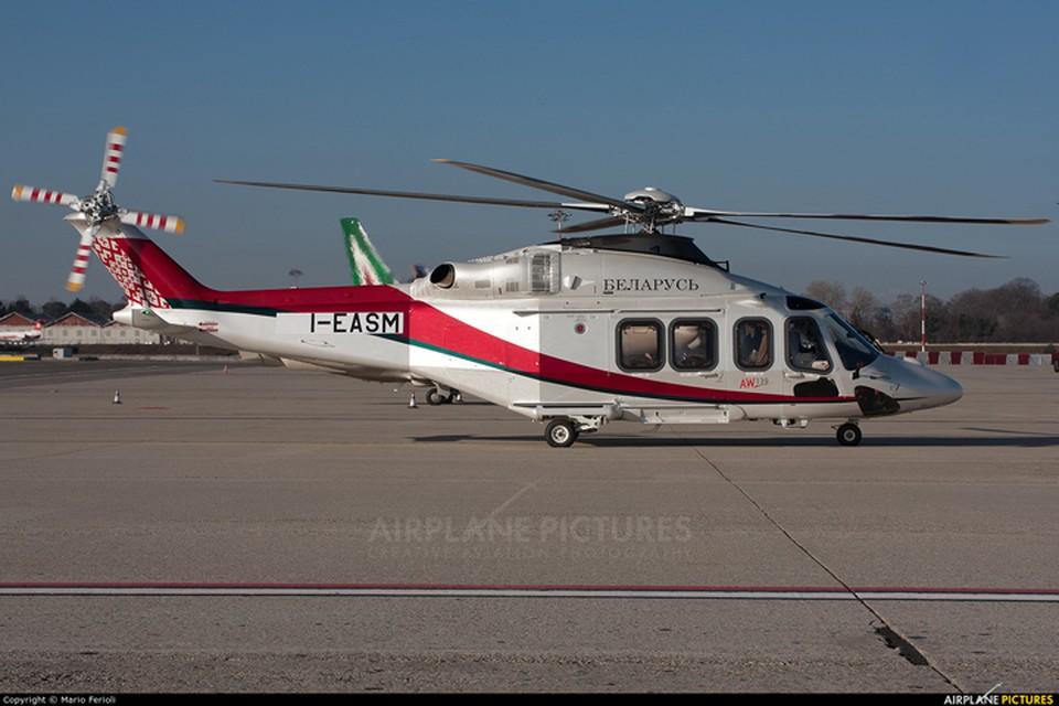 Итальянский вертолет AgustaWestland AW139 раскрашен в стиле других белорусских правительственных воздушных судов. Фото: Mario Ferioli, airplane-pictures.net.