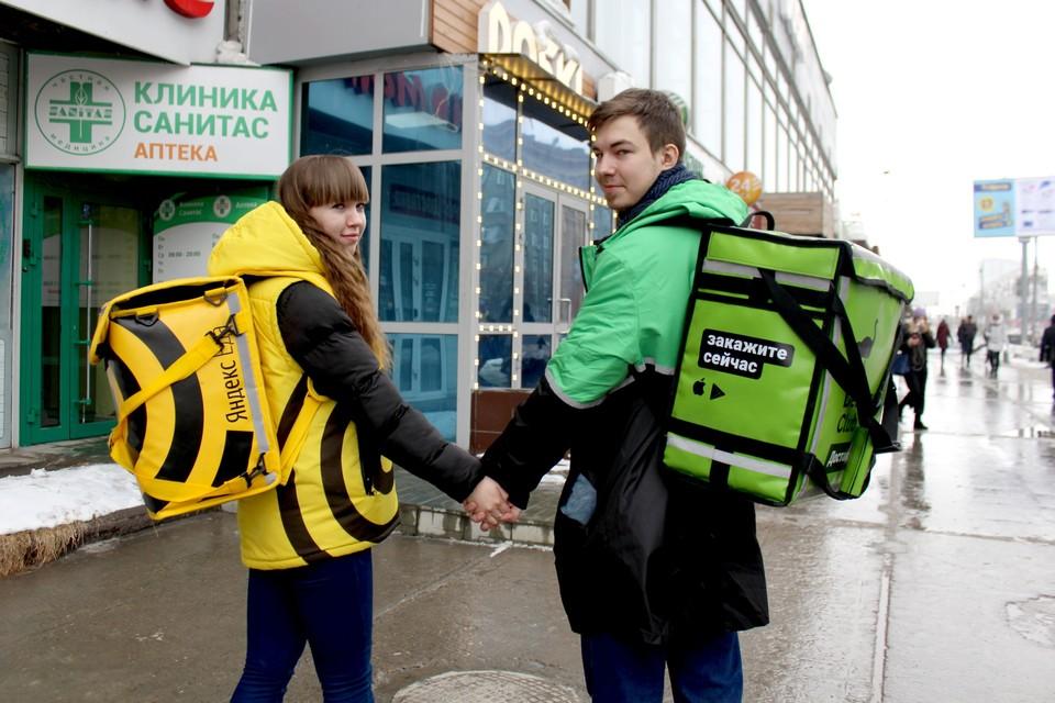 Парочкой, чьи фото разлетелись по соцсетям, оказались Дмитрий Некрасов и Юлия Ястребова.