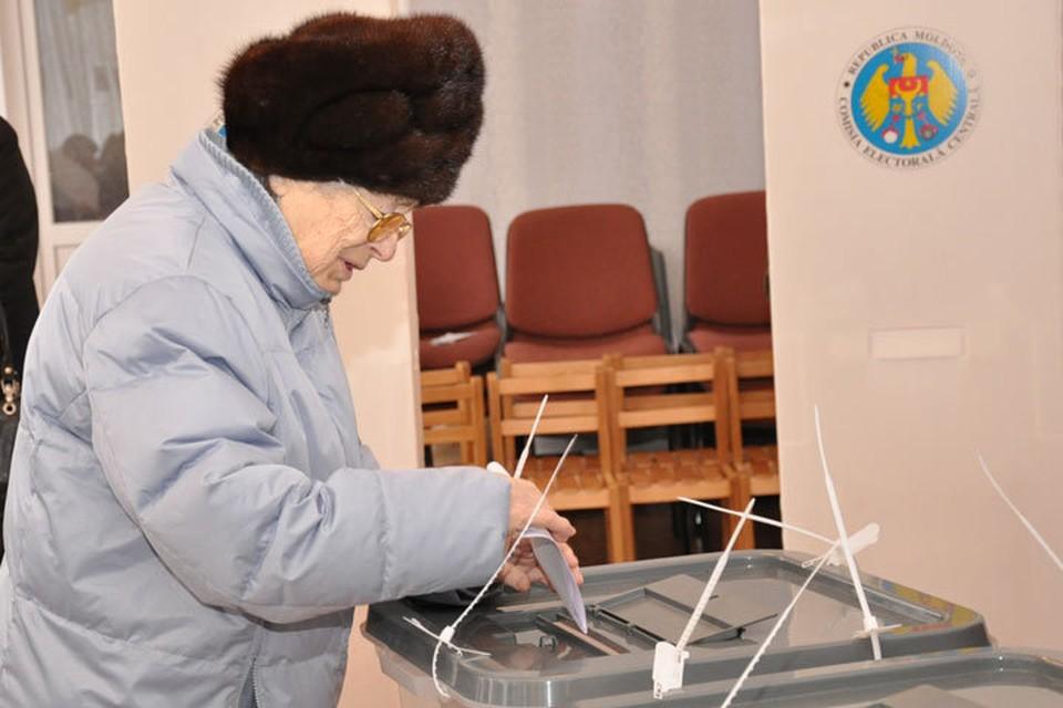 С мечтой стабильности шли к урнам избиратели, несмотря на разные политические предпочтения.