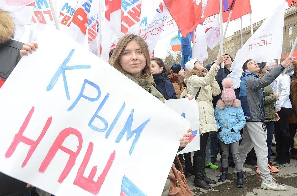 КакКрым вошел всостав России. Рассказывают главные участники Крымской весны