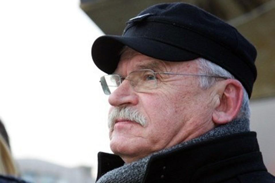 Марлен Хуциев на протяжении десятилетий, до последнего времени, работал. Он был великий труженик