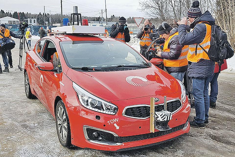 Пока испытания машин без водителей проходят на специальных полигонах.