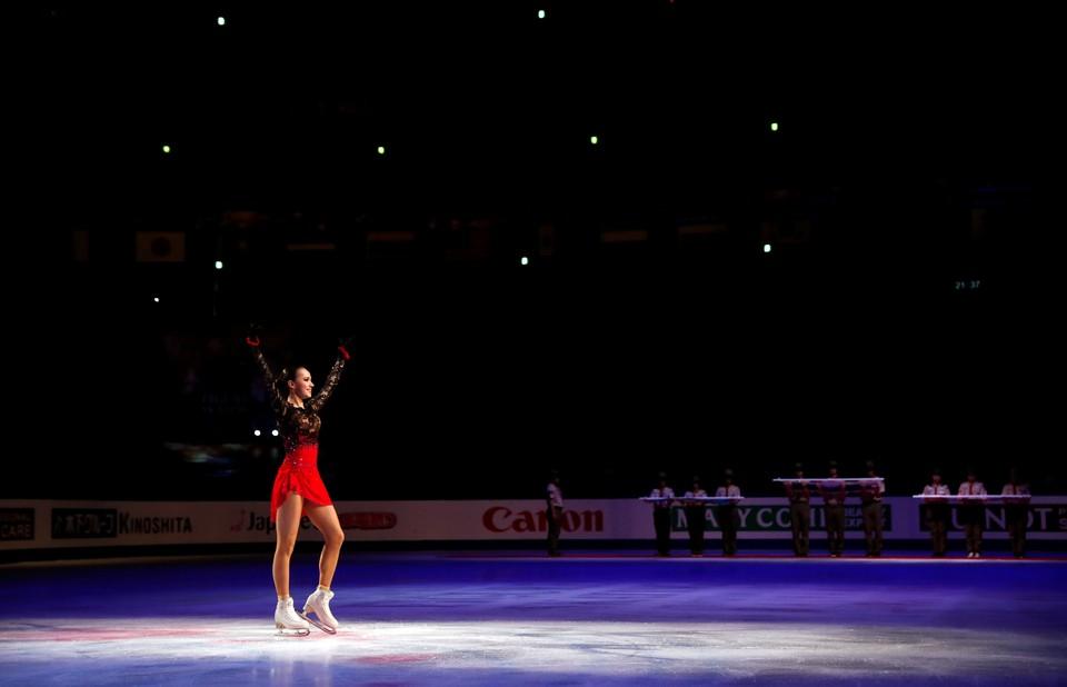 Алина Загитова после победы на чемпионате мира 2019.