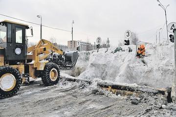 В городах, где используют современные реагенты, зима безопасней для водителей и пешеходов