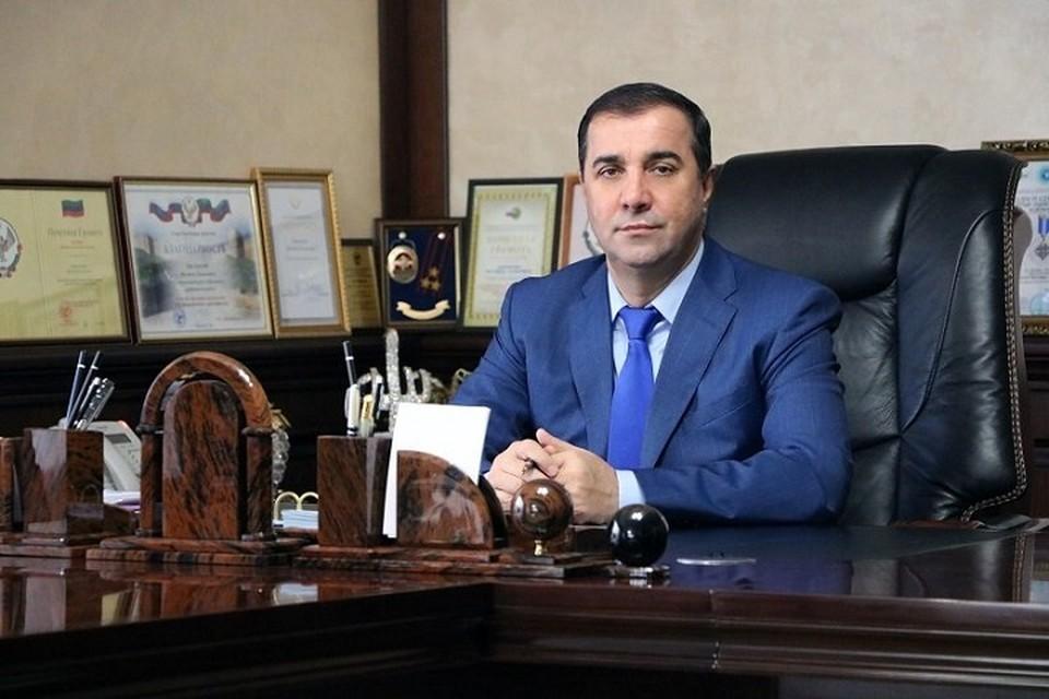 Магомеда Джелилова снова опрашивают следователи. Фото: администрация Дербентского района