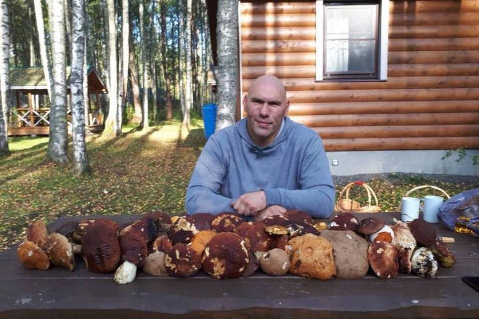 Семья Валуева очень любит отдых на природе.