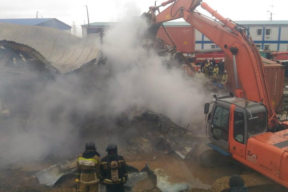 Пожар в общежитии на Сахалине: три человека погибли, четверо в больнице, больше 150 эвакуированы