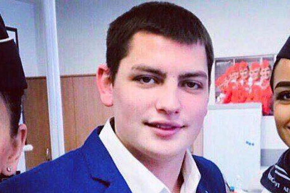 Погибший в пожаре бортпроводник Максим Моисеев.