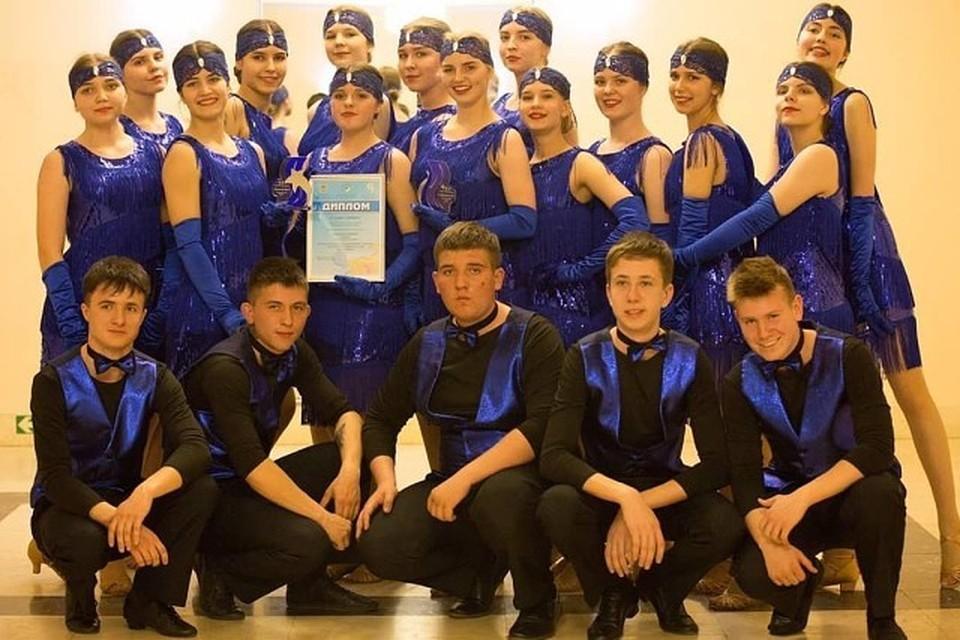 Ребята из танцевальной студии «Дебют» стали дважды лауреатами юбилейного фестиваля. Фото: Олег БЕЛОВ.