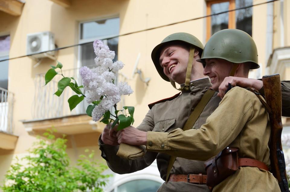 Волгоград отмечает День победы: прямая онлайн-трансляция