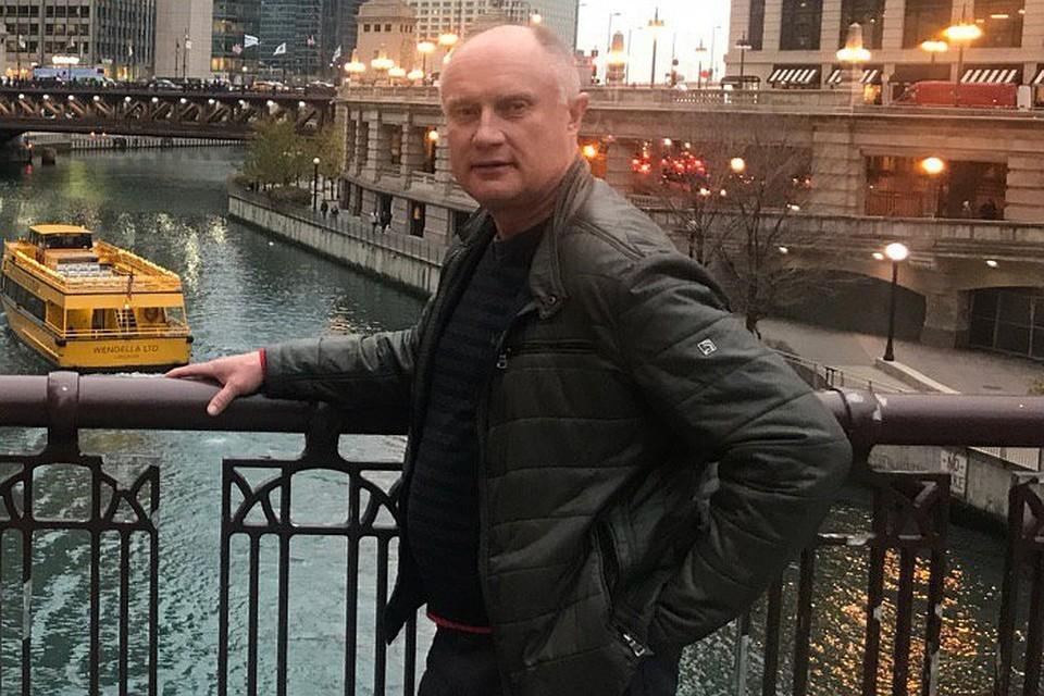 На своей странице в интернете Вячеслав Откин делится фотографиями с отдыха в США. Фото: соцсети.