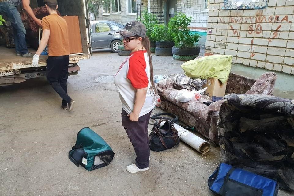 Дарья Зайцева оказалась на улице с вещами и домашними животными