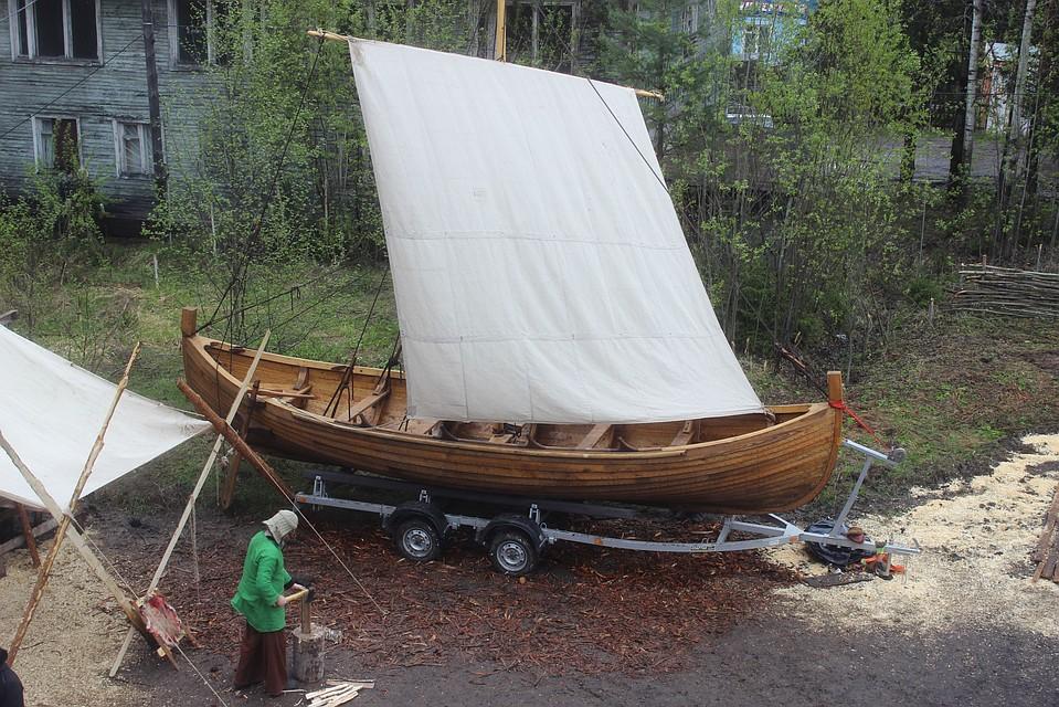 Корабль — реплика средневековой древнерусской ладьи — построили в Петрозаводске на верфи деревянного судостроения «Варяг»