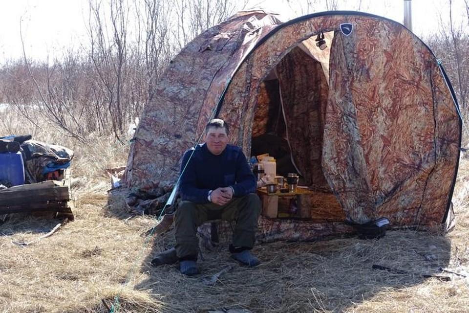 «Спал с ружьем, ел и пил снег»: на Камчатке охотник, проведя в лесу почти неделю, выбрался из чащи живым