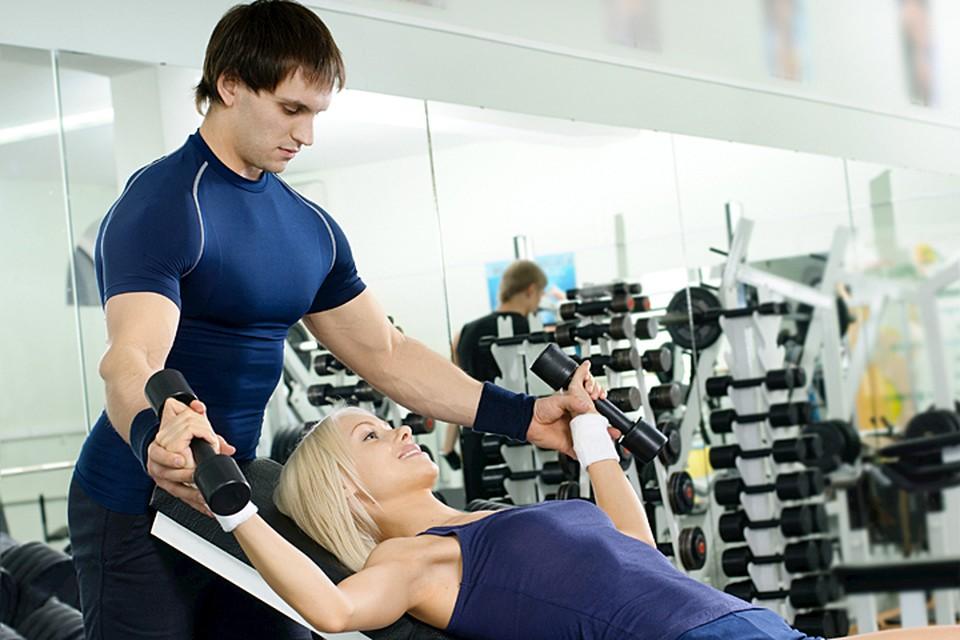 Регулярно нагружайте свое тело и копите жир. Но не на животе, а подкожный