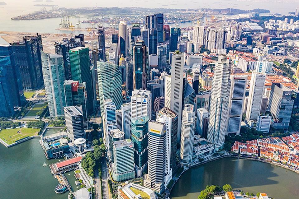 Сингапур далеко уже не тот бананово-лимонный город, о котором пел когда-то Вертинский, а, напротив, одно из самых современных государств мира