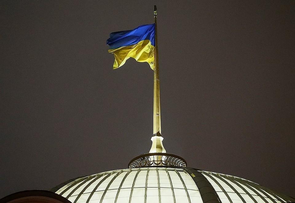 Кремль призывает Киев не придумывать ничего нового по урегулированию в Донбассе