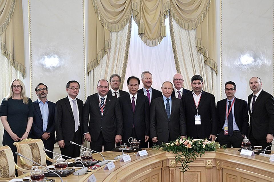 Владимир Путин провел встречу с руководителями международных информационных агентств