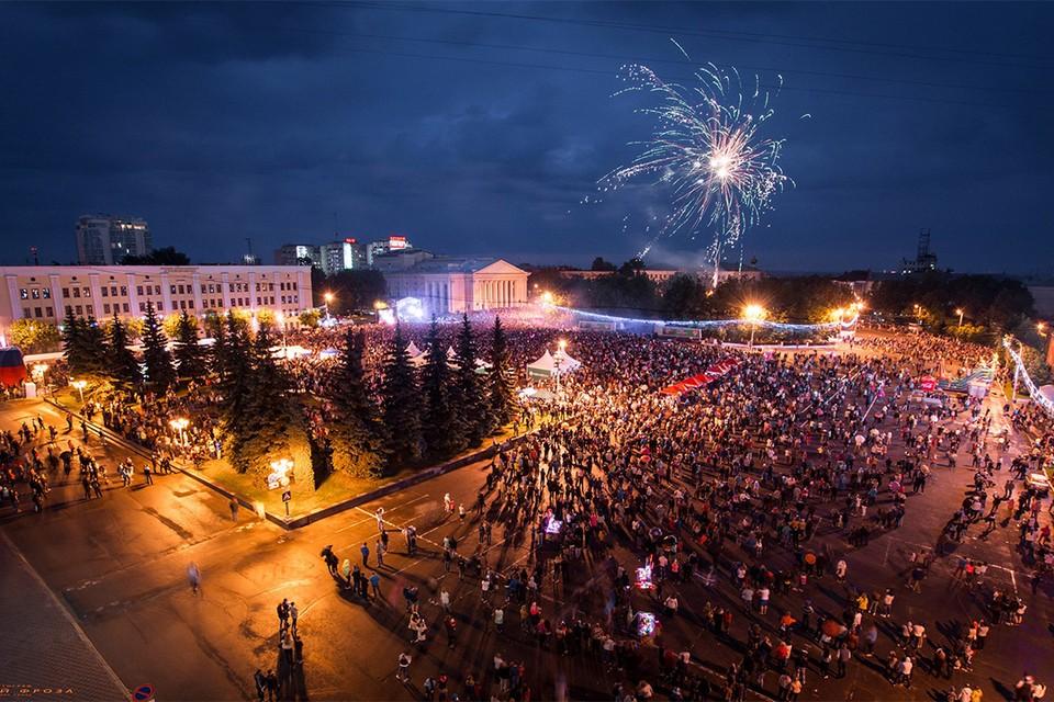 Финальный концерт в нынешнем году пройдет не на Театральной площади. Фото: Сергей ФРОЗА