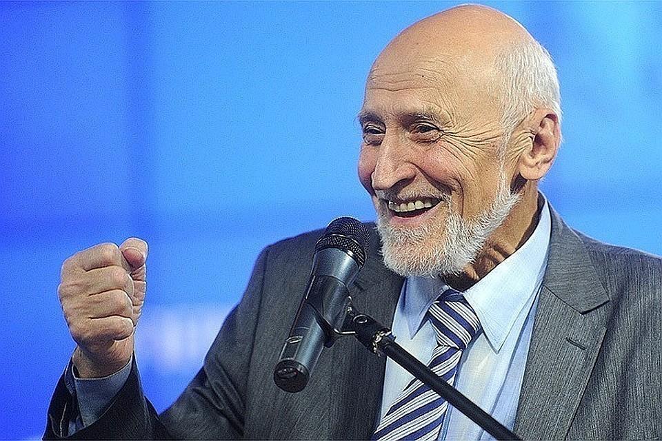 Николай Николаевич успел сообщить «Комсомолке» последние новости