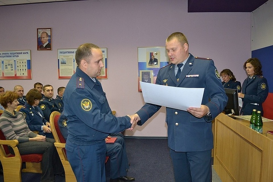 Николая Чернова (слева) убили из пистолета Макарова Фото: ФСИН