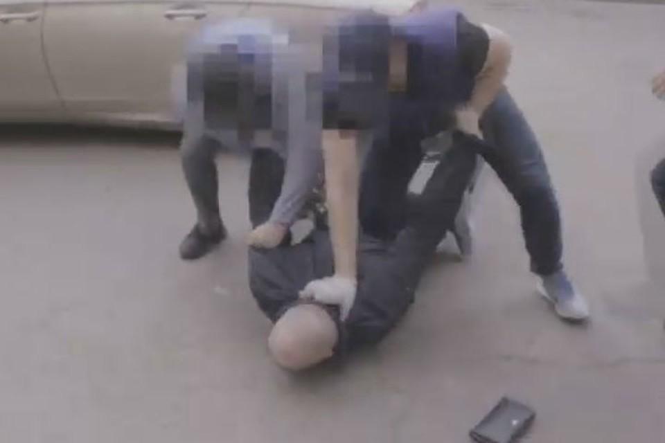 Задерживали похитителей с бойцами СОБРа. Фото: УФСБ России по Иркутской области