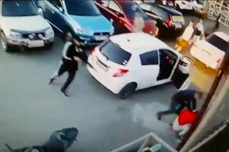 e7cb9ed9c0fc0 Полиция прокомментировала стрельбу на парковке кинотеатра во Владивостоке
