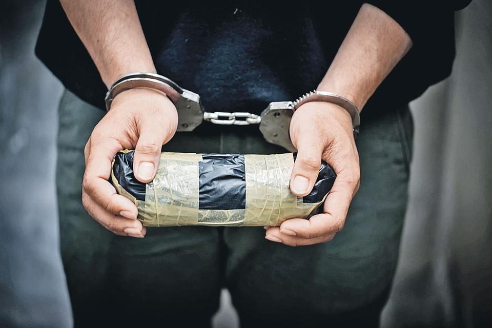 Уже даже как-то пошло говорить, что «незаконный оборот наркотиков» - «народная статья». Набило оскомину.