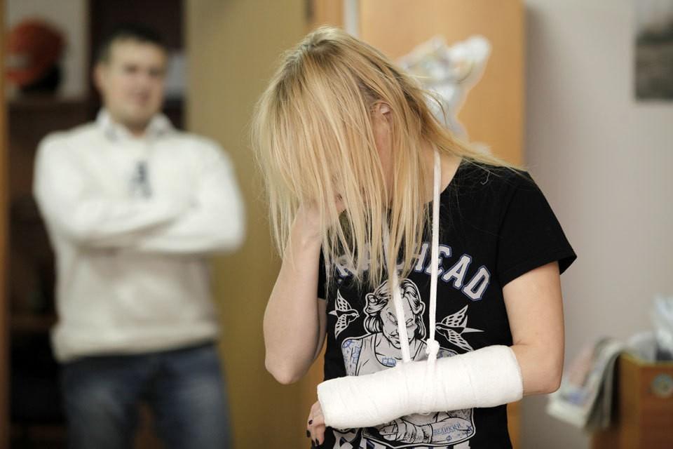 Три четверти из тех, кто подвергся насилию со стороны родственников, — дети.