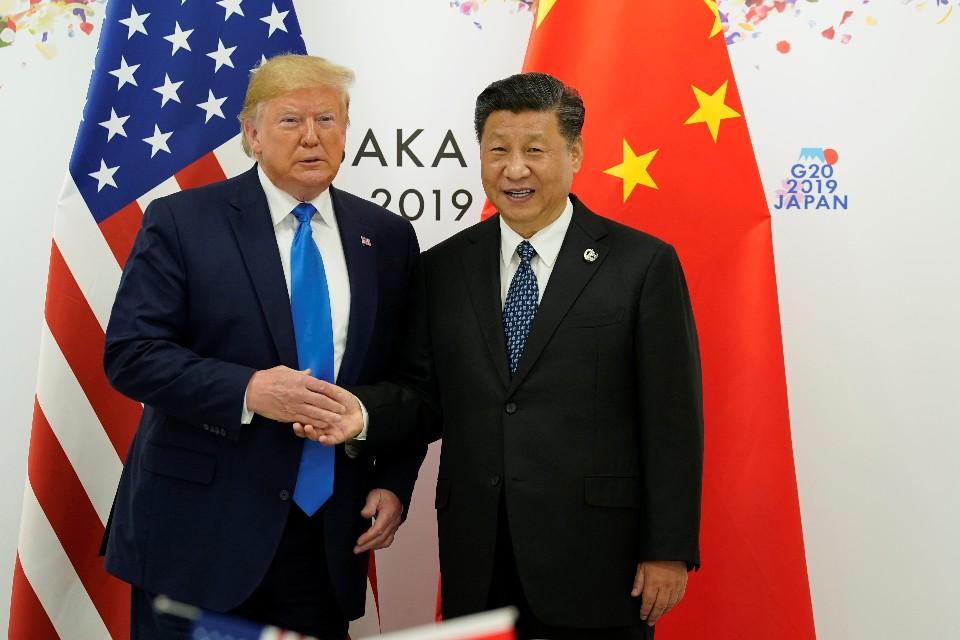 Си Цзиньпин и Трамп решили возобновить торговые переговоры и не вводить новые пошлины