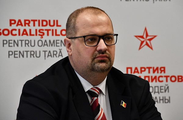 Запрет на трансляцию в Молдове российских новостей и политических ток-шоу ввел не парламент