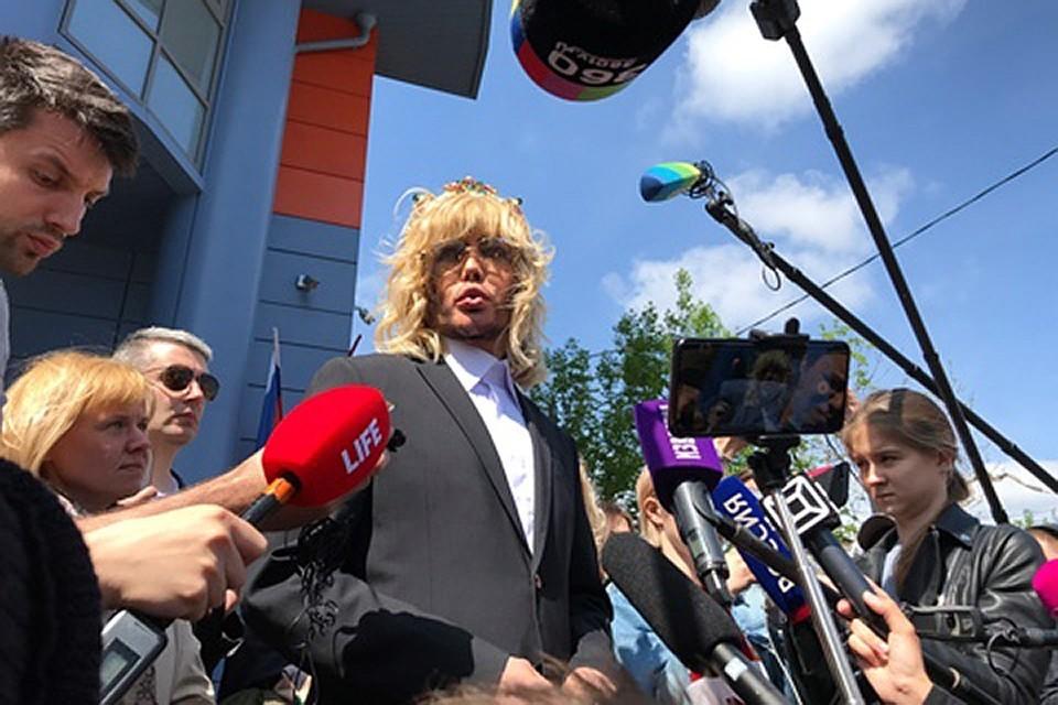 Сергей Зверев отстаивал Байкал, а теперь готов заняться новой темой.