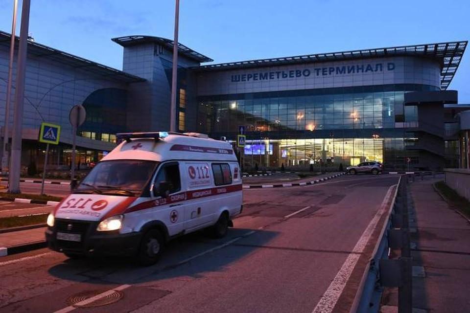 Двоих пострадавших доставили в больницу. Фото: Максим Григорьев/ТАСС