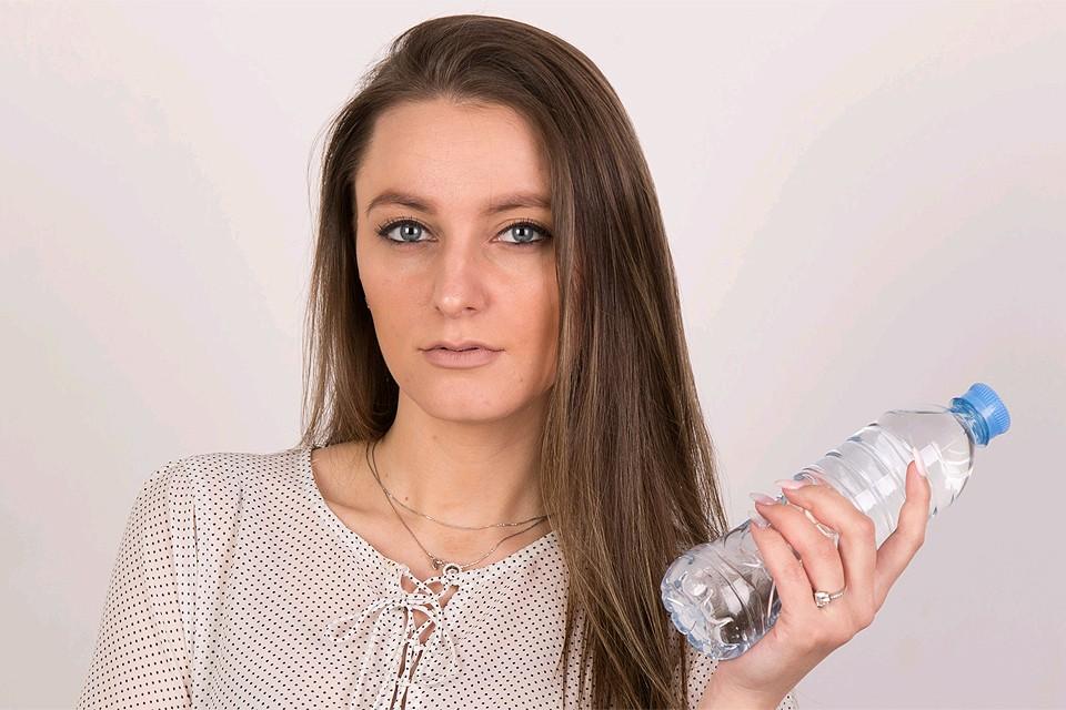 В России от 25 до 30 процентов, а в некоторых регионах и до 80 процентов бутылированной воды - контрафакт.