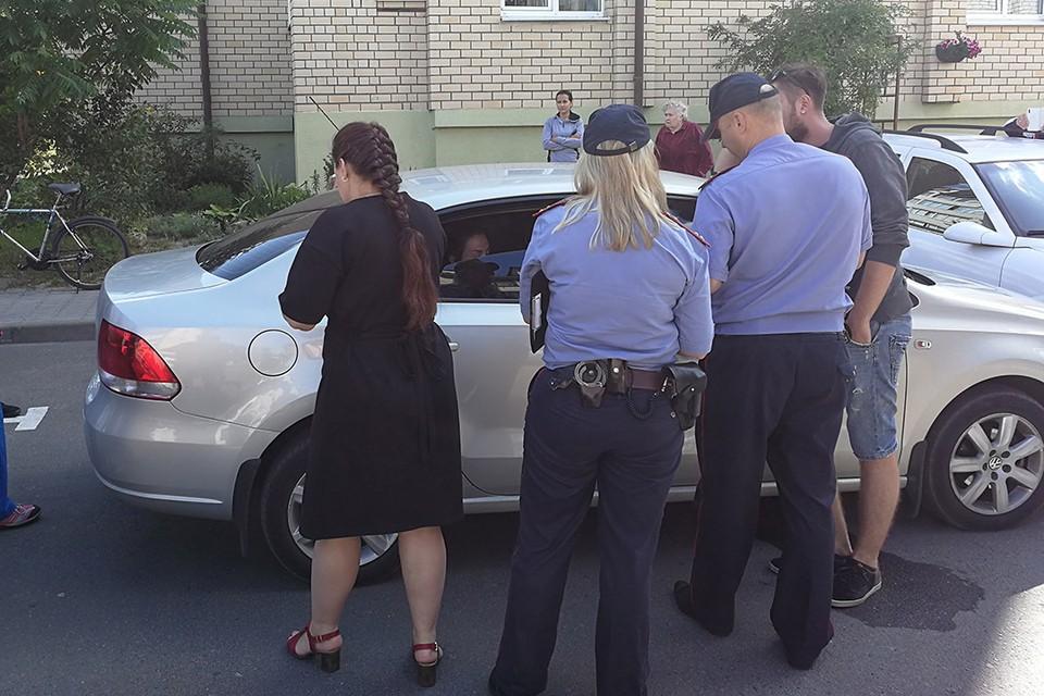 В Бресте женщина закрылась в машине с 4-летним ребенком и просидела в ней почти 15 часов. Фото: virtualbrest.by