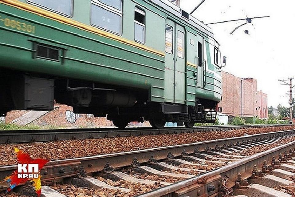 Из-за камнепада произошла задержка поездов.
