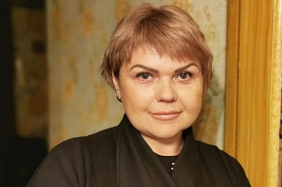 Стюардесса Ан-24 Елена Лапуцкая, которая спасла 43 пассажиров в Бурятии, скучает по небу.